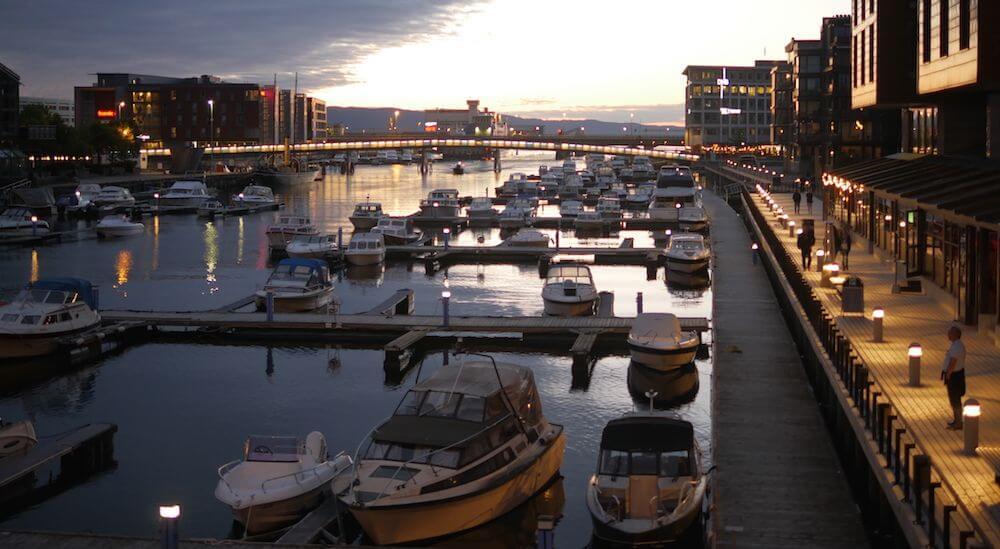 Boote im Hafen (Konzept Identität & loslassen)
