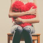 Liebeskummer überwinden: Diese 5 Tipps helfen wirklich!